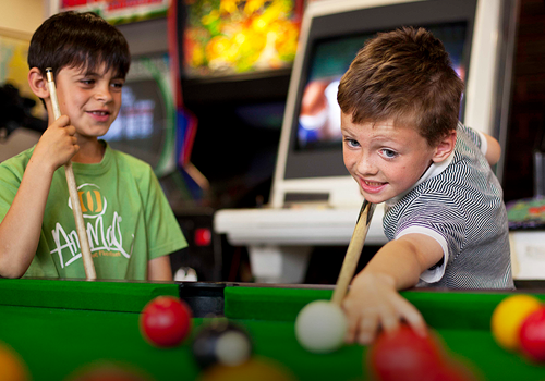 'GAMES ZONE' ARCADE GAMES AND POOL TABLE