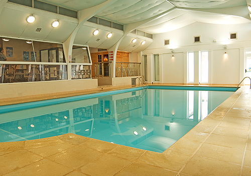 SWIM IN OUT 30° HEATED SWIMMING POOL